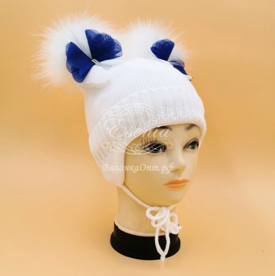 Вязаная шапочка ( 2 бубона)