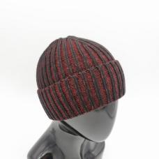 Мужская вязаная шапка.